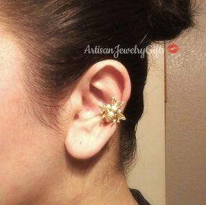 Gold Bee Ear Cuff Cartilage Ear Cuff Adjustable